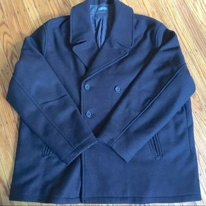 Classic black wool blend double breasted pea coat!
